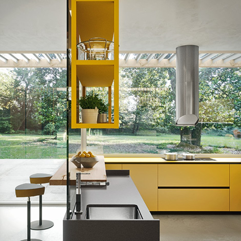 Glass kitchens
