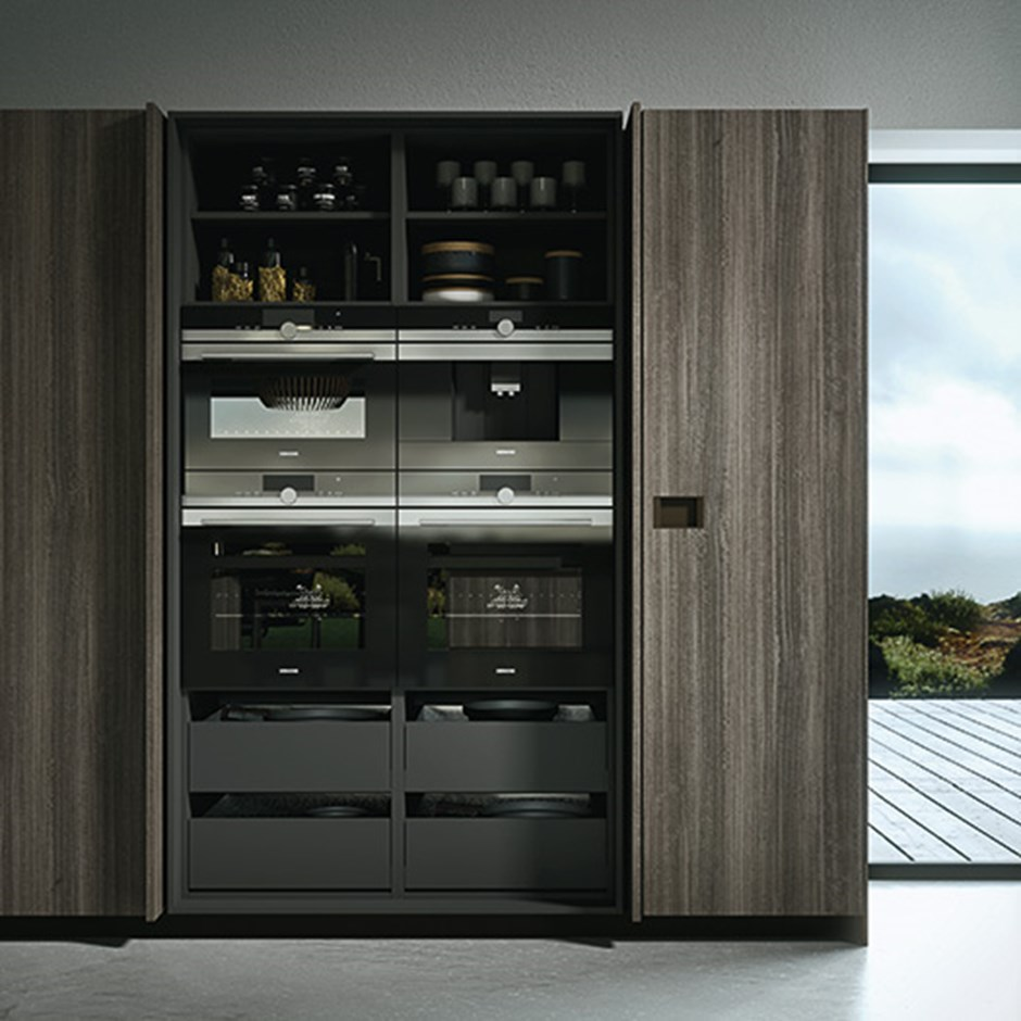 Internal kitchen storage with retracting doors